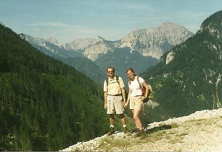Foto: Wolfgang Dröthandl / Wander Tour / Von Weichselboden auf den Ringkamp / Aufstieg zum Edelboden (Saatstatt): Blick Richtung Ebenstein, Griesstein und Riegerin / 06.04.2011 16:06:49