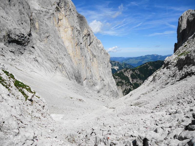 Foto: Günter Siegl / Wander Tour / Durch die Steinerne Rinne zur Vorderen und Hinteren Goinger Halt / Ellmauer Tor / 12.08.2016 12:27:50