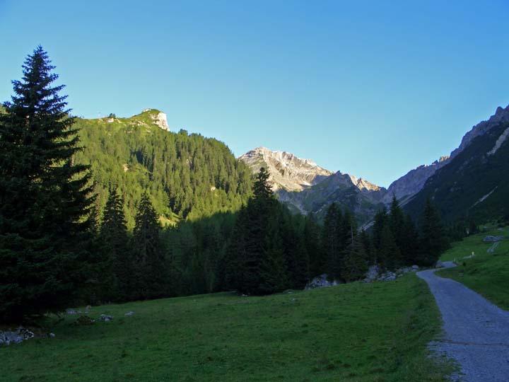 Foto: vince 51 / Wander Tour / Über die Latschenhütte auf die Vordere Platteinspitze / 31.07.2009 23:46:20