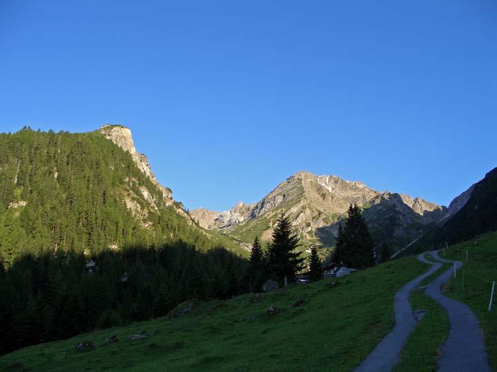 Foto: vince 51 / Wander Tour / Über die Latschenhütte auf die Vordere Platteinspitze / unteres Alpjoch und Muttekopf  / 31.07.2009 23:40:31
