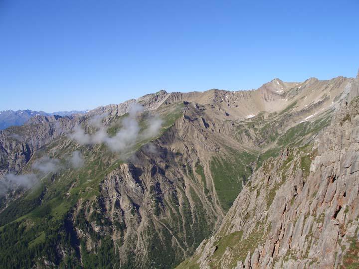 Foto: vince 51 / Wander Tour / Über die Latschenhütte auf die Vordere Platteinspitze / Blick vom Aufstieg nach Westen / 31.07.2009 23:30:53