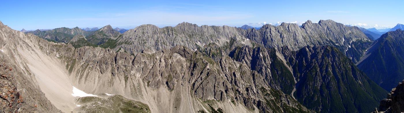 Foto: vince 51 / Wander Tour / Über die Latschenhütte auf die Vordere Platteinspitze / Die Heiterwand / 31.07.2009 23:05:47