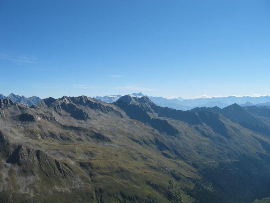 Foto: Gernot Huber / Wander Tour / Aus dem Defereggental auf die Seespitze (3021m) / Lasörlinggruppe und Glockner / 06.03.2010 13:41:36