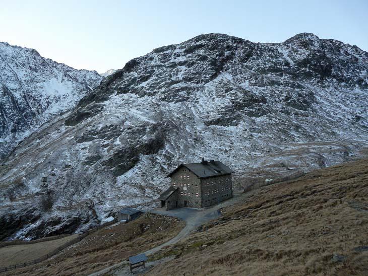 Foto: vince 51 / Wander Tour / Kreuzspitze - auf den höchsten Wanderberg der Ostalpen (3457m) / Martin Busch Hütte / 17.07.2009 22:37:54