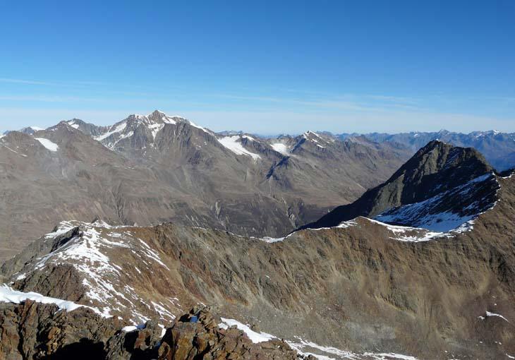 Foto: vince 51 / Wandertour / Kreuzspitze - auf den höchsten Wanderberg der Ostalpen (3457m) / Wildspitze / 17.07.2009 22:30:58