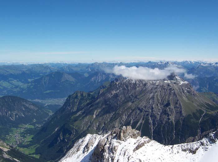 Foto: vince 51 / Wandertour / Douglashütte - Schesaplana, 2965m / Panorama / 17.05.2008 22:49:46