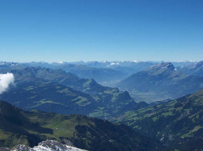 Foto: vince 51 / Wandertour / Douglashütte - Schesaplana, 2965m / Panorama / 17.05.2008 22:50:49