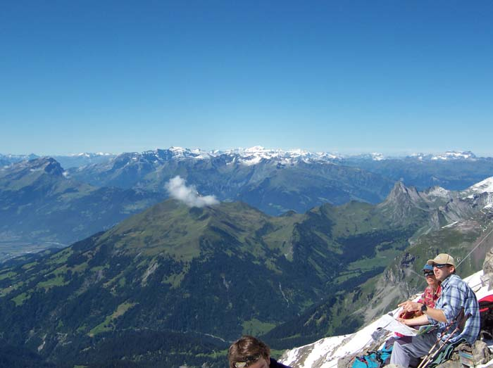 Foto: vince 51 / Wandertour / Douglashütte - Schesaplana, 2965m / Panorama / 17.05.2008 22:51:02
