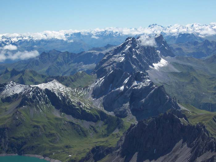 Foto: vince 51 / Wandertour / Douglashütte - Schesaplana, 2965m / Panorama / 17.05.2008 22:51:21