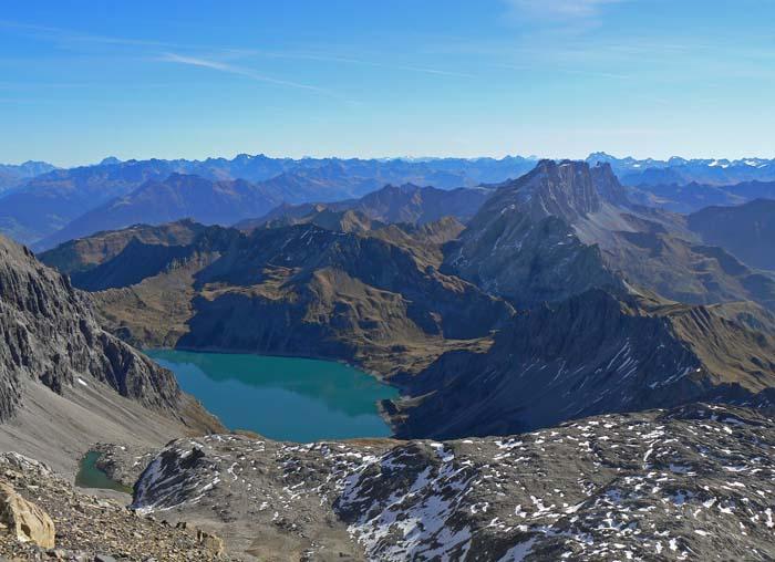 Foto: vince 51 / Wandertour / Douglashütte - Schesaplana, 2965m / Totalphütte und Lünersee / 17.05.2008 22:37:05