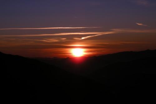 Foto: Samson / Wander Tour / Über die Grazer Hütte auf den Preber / Sonnenaufgang über dem Lungau / 05.10.2009 09:58:54