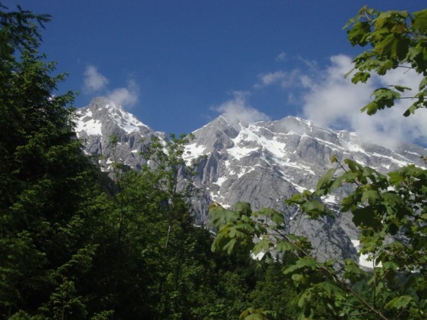 Foto: Wolfgang Dröthandl / Wander Tour / Von Gasteig zum Purtschellerhaus / Auf dem Weg vom Gollinger Wasserfall Richtung Talschluss Gasteig / 07.06.2017 13:14:15