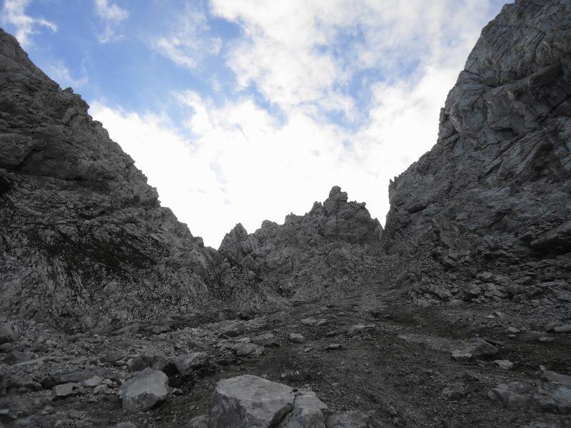 Foto: Günter Siegl / Wander Tour / Durch das Kleine Griesener Kar auf das Lärchegg  / Am Ende der Schuttrinne nach links / 22.08.2016 20:45:24