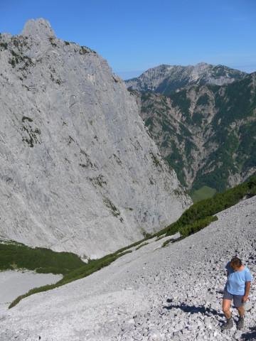 Foto: Wolfgang Lauschensky / Wander Tour / Durch das Kleine Griesener Kar auf das Lärchegg  / Mitterkaiser aus dem Schuttkaranstieg / 31.07.2012 22:04:02