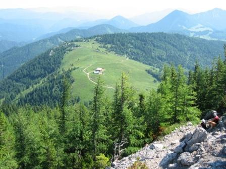 Foto: bestfriend / Wander Tour / Über den Fadensteig zum Klosterwappen (Rundwanderung) / Blick vom Fadensteig Richtung Almreserlhaus / 21.07.2008 16:50:49