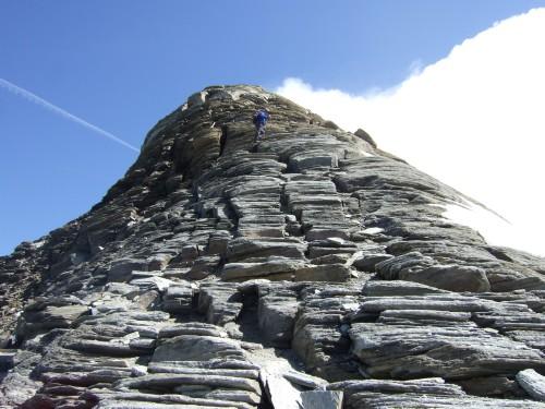 Foto: hofchri / Wander Tour / Vom Mooserboden auf das Große Wiesbachhorn (3564 m) / einfache Kletterstellen im Gipfelbereich / 30.09.2009 20:35:27