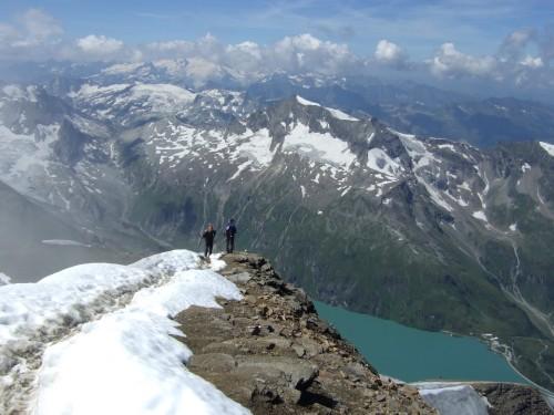 Foto: hofchri / Wander Tour / Vom Mooserboden auf das Große Wiesbachhorn (3564 m) / der Schlussanstieg / 30.09.2009 20:36:05