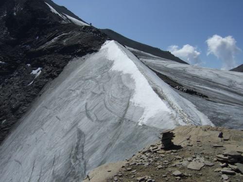 Foto: hofchri / Wander Tour / Vom Mooserboden auf das Große Wiesbachhorn (3564 m) / der zweite Firngrat ist schon tükischer / 30.09.2009 20:33:27