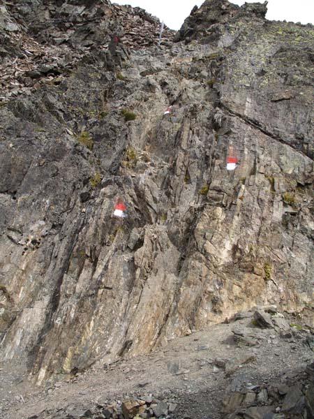 Foto: vince 51 / Wander Tour / Über den Hochzeiger auf den Wildgrat (2971m) / Kleine Klettereinlage kurz vor dem Gipfel / 08.05.2008 23:55:15