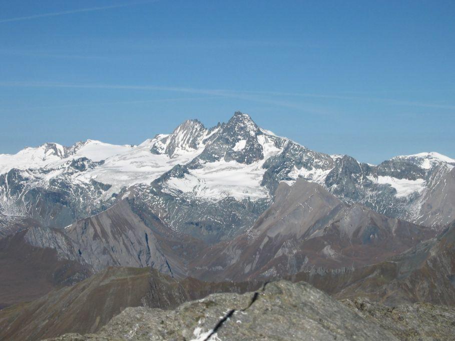 Foto: Gernot Huber / Wander Tour / Hochschober - Überschreitung / Großglockner vom Gipfel Hochschober / 06.03.2010 14:47:07
