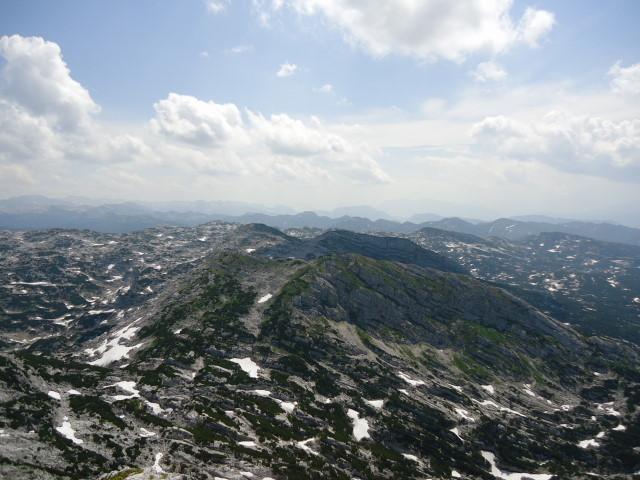 Foto: Günter Siegl / Wandertour / Über die Ebenseer-Hochkogelhütte auf den Schönberg / Am Plateau. / 07.07.2012 17:35:33