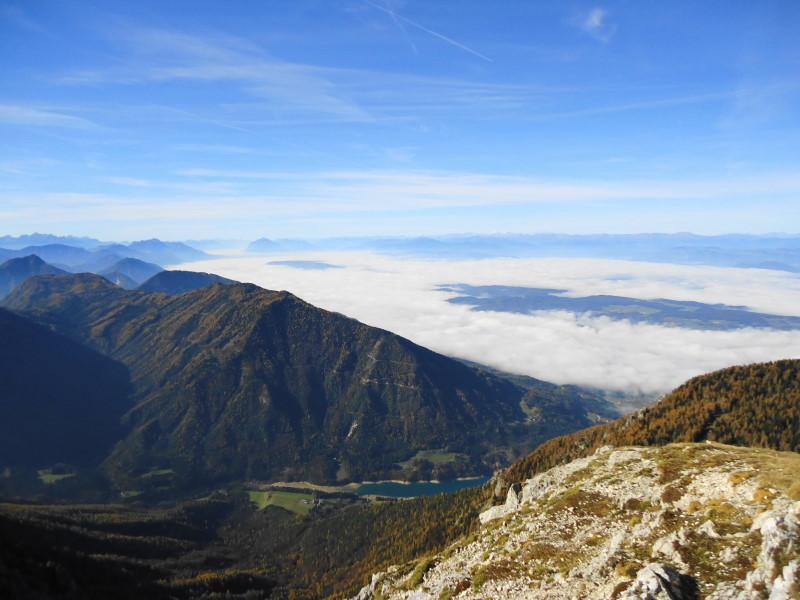 Foto: Günter Siegl / Wander Tour / Hochobir - Aussichtskanzel im Kärntner Unterland (2139m) / Freibach Stausee / 27.11.2016 18:14:46