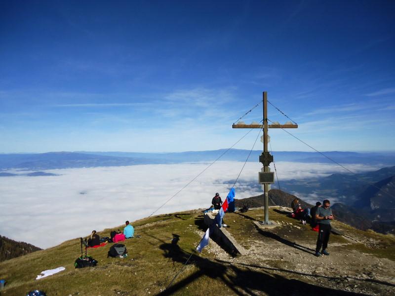 Foto: Günter Siegl / Wander Tour / Hochobir - Aussichtskanzel im Kärntner Unterland (2139m) / Gipfel Hochobir / 27.11.2016 18:15:21