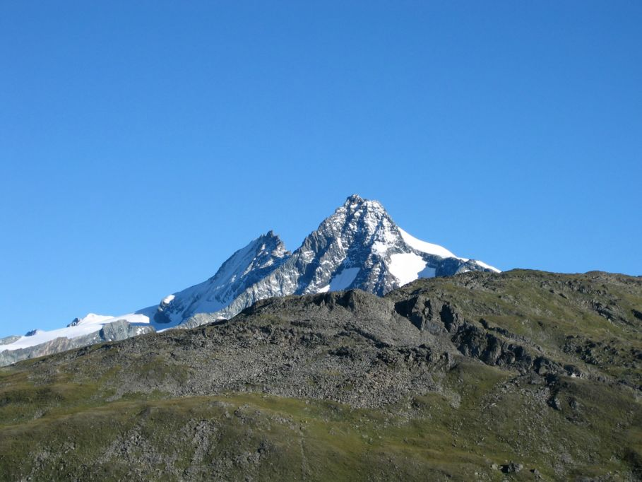 Foto: Gernot Huber / Wander Tour / Böses Weibl vom Lucknerhaus (3121 m) / 06.03.2010 14:28:43