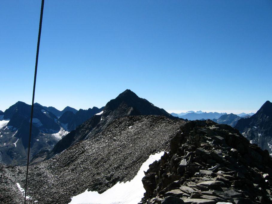 Foto: Gernot Huber / Wander Tour / Böses Weibl vom Lucknerhaus (3121 m) / Roter Knopf / 06.03.2010 14:22:36