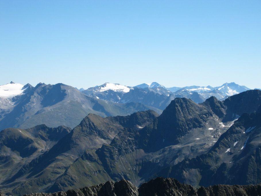 Foto: Gernot Huber / Wander Tour / Böses Weibl vom Lucknerhaus (3121 m) / Schareck/Mölltaler Gletscher und Ankogel / 06.03.2010 14:20:16