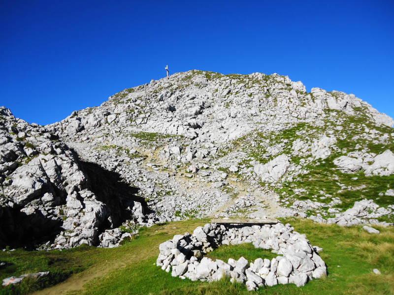 Foto: Günter Siegl / Wander Tour / Von Bärnstatt auf Scheffauer und Sonneck / Gipfelaufbau Scheffauer / 11.09.2016 17:51:19
