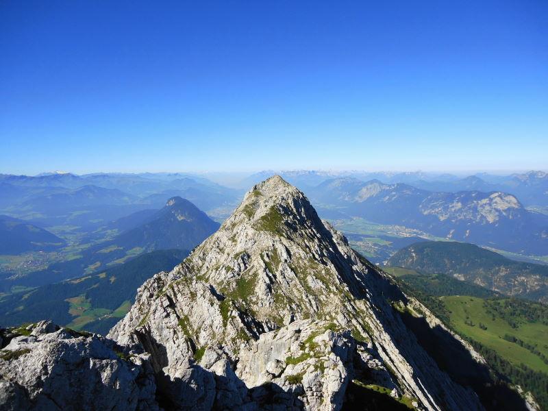 Foto: Günter Siegl / Wander Tour / Von Bärnstatt auf Scheffauer und Sonneck / Rückblick Überschreitung / 11.09.2016 17:42:24