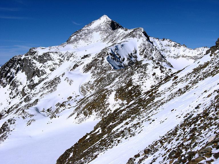 Foto: Andreas Koller / Wander Tour / Vertainspitze - dem Ortler gegenüber (3545m) / Die Vertainspitze mit dem O-Grat = Anstiegsgrat / 22.02.2008 02:29:06