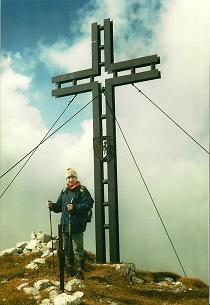 Foto: Wolfgang Dröthandl / Wander Tour / Von Wildalpen auf den Großen Griesstein / Gipfelkreuz am Großen Griesstein; alle Fotos: 3. 10. 2004 / 28.03.2011 13:53:47
