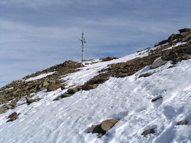 Foto: Andreas Koller / Wander Tour / Hinterer Daunkopf - ein stilles Ziel hoch über dem Stubaier Gletscherschigebiet (3225 m) / 05.06.2008 22:08:46