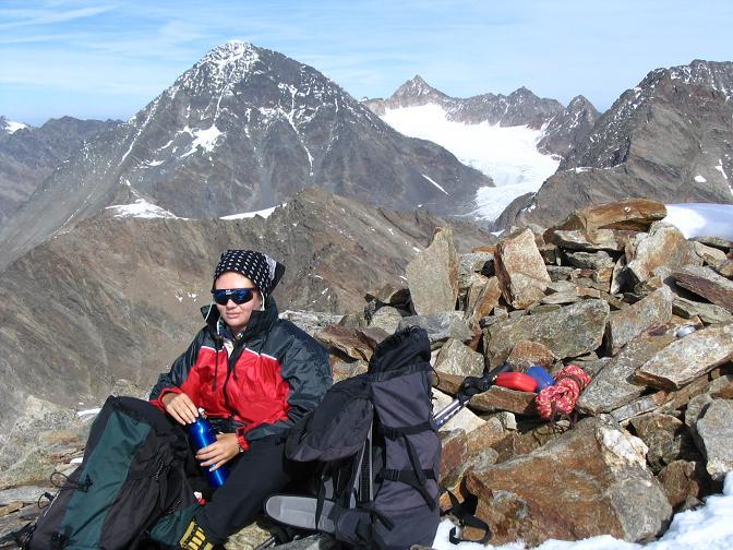 Foto: Andreas Koller / Wander Tour / Hinterer Daunkopf - ein stilles Ziel hoch über dem Stubaier Gletscherschigebiet (3225 m) / 05.06.2008 22:08:31