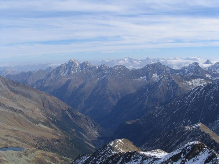 Foto: Andreas Koller / Wander Tour / Hinterer Daunkopf - ein stilles Ziel hoch über dem Stubaier Gletscherschigebiet (3225 m) / 05.06.2008 22:07:30