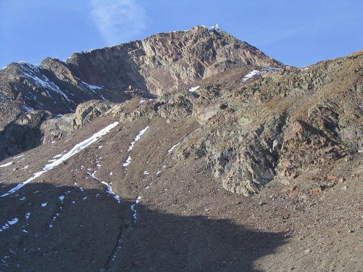 Foto: Andreas Koller / Wander Tour / Hinterer Daunkopf - ein stilles Ziel hoch über dem Stubaier Gletscherschigebiet (3225 m) / 05.06.2008 22:06:49