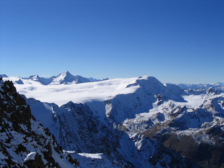 Foto: Andreas Koller / Wander Tour / Vordere Ölgrubenspitze - sehr anspruchsvolles Ziel im Kaunergrat (3456 m) / 04.06.2008 20:09:33