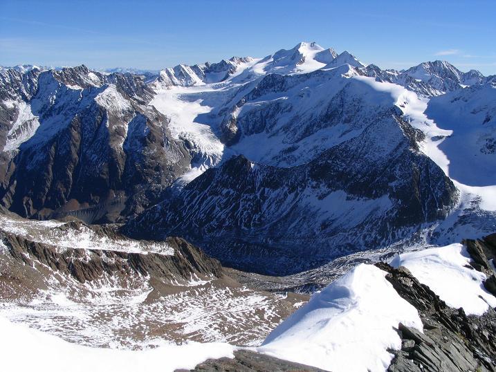 Foto: Andreas Koller / Wander Tour / Vordere Ölgrubenspitze - sehr anspruchsvolles Ziel im Kaunergrat (3456 m) / 04.06.2008 20:09:12