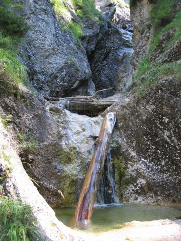 Foto: pepi4813 / Wander Tour / Rinnkogel, 1823m / In der Klamm / 19.07.2009 10:33:09