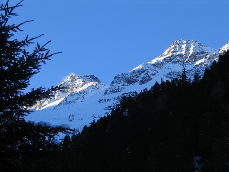 Foto: Andreas Koller / Wander Tour / Von der Rudolfshütte auf die Hohe Fürleg (2947m) / 17.06.2008 18:48:46