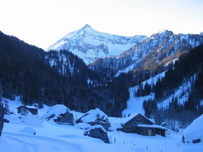 Foto: Andreas Koller / Wandertour / Im Winter auf die Lungauer Kalkspitze (2471m) / 19.06.2008 17:08:39