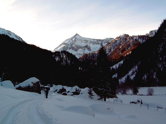 Foto: Andreas Koller / Wandertour / Im Winter auf die Lungauer Kalkspitze (2471m) / 19.06.2008 17:09:56