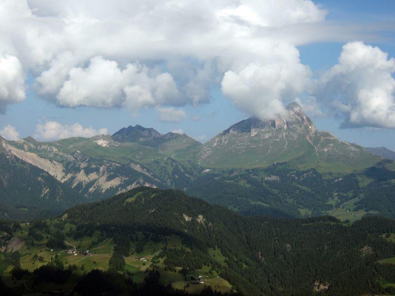 Foto: Ingo Gräber / Wander Tour / Über den Heiligkreuzkofel auf die Zehnerspitze / Blick zum Peitlerkofel / 15.02.2013 17:11:23