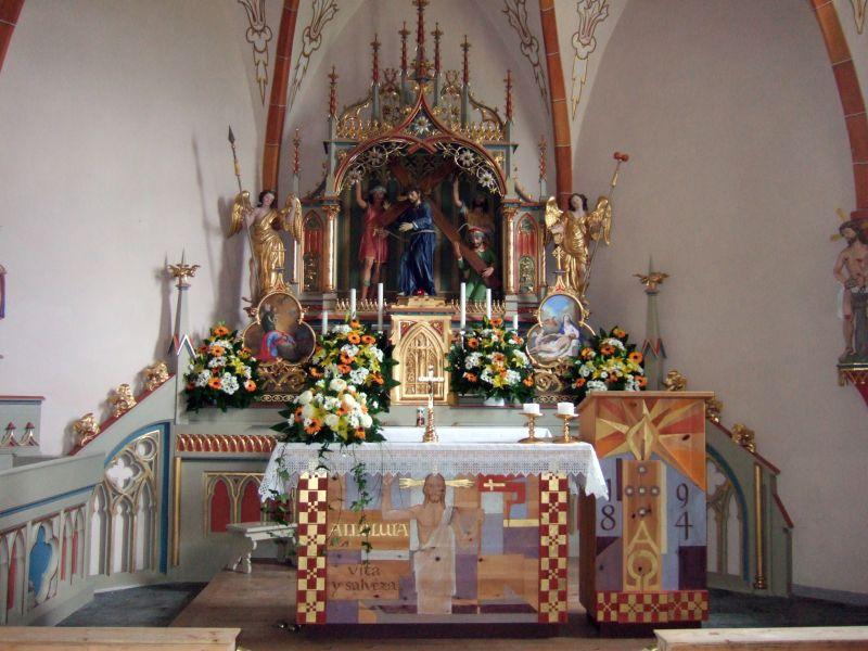 Foto: Ingo Gräber / Wander Tour / Über den Heiligkreuzkofel auf die Zehnerspitze / In der Kapelle / 15.02.2013 17:04:14