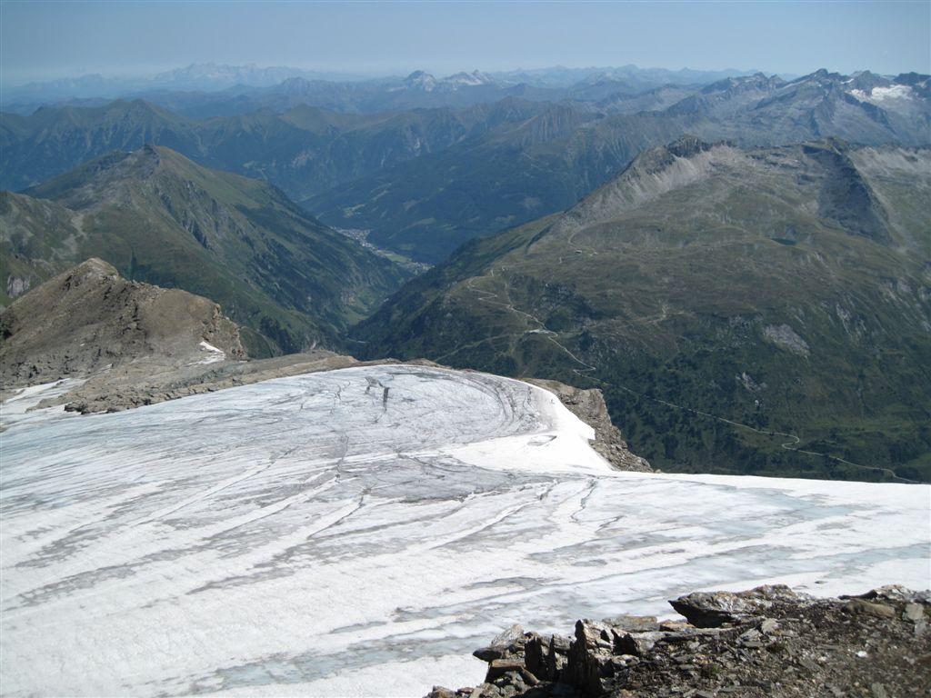 Foto: Heidi Schützinger / Wander Tour / Vom Naßfeld auf das Schareck / Rückblick auf das Apere Schareck und den Gletscher / 23.08.2011 20:09:37