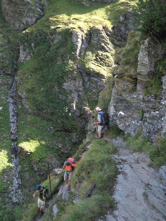 Foto: Heidi Schützinger / Wander Tour / Vom Naßfeld auf das Schareck / Beim Abstieg vom Niedersachsenhaus über den H.Bahlsen Weg / 23.08.2011 19:47:26