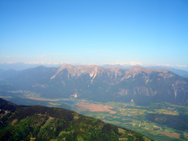 Foto: lacky / Wander Tour / Oisternig - hoch über dem Unteren Gailtal (2052m) / 03.06.2008 13:15:39
