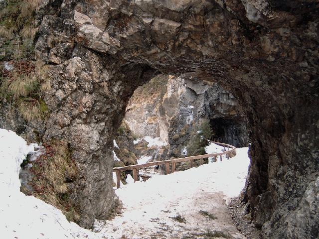 Foto: Andreas Koller / Wander Tour / Gsuchmauer und Stadelfeldschneid - zwei prächtige Aussichtsgipfel im Gesäuse (2116m) / 27.01.2009 19:53:45